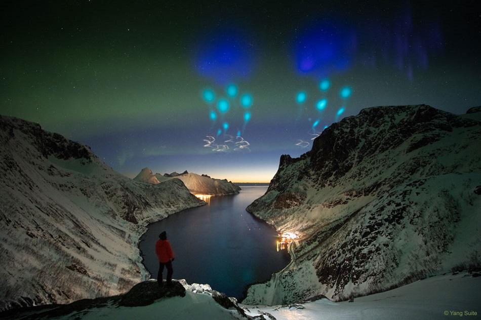Světla experimentů AZURE nad severním Norskem, foto Yang Sutie.