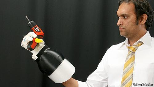 robotická ruka Vishwa Extensor, foto Vishwa Robotics