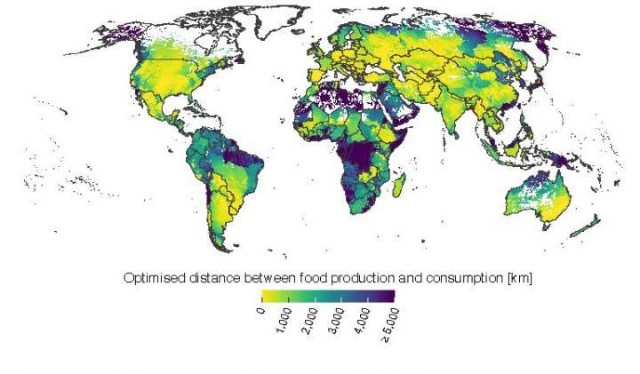 Vzdálenost, ze které mohou obyvatelé jednotlivých oblastí získávat některou ze šesti základních typů rostlinných potravin, obr. Aalto University.