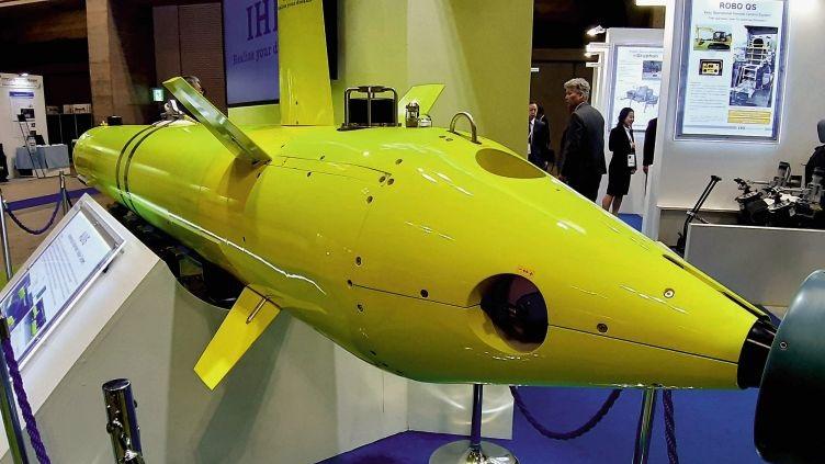 Japonská robotická miniponorka pro vyhledávání námořních min, foto IHS Markit/Gabriel Dominguez.