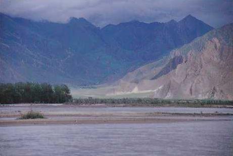 tibetská řeka Tsangpo