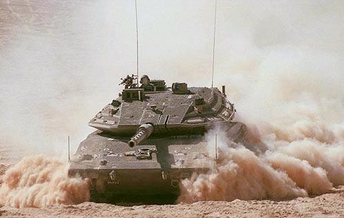 tank Merkava mk 4 na manévrech