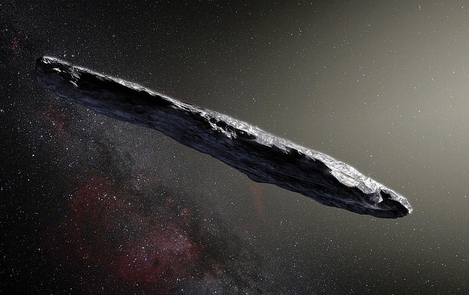Umělecká rekonstrukce asteroidu 'Oumuamua, (ESO/M. Kornmesser, CC BY 4.0, https://creativecommons.org/licenses/by/4.0, via Wikimedia Commons).