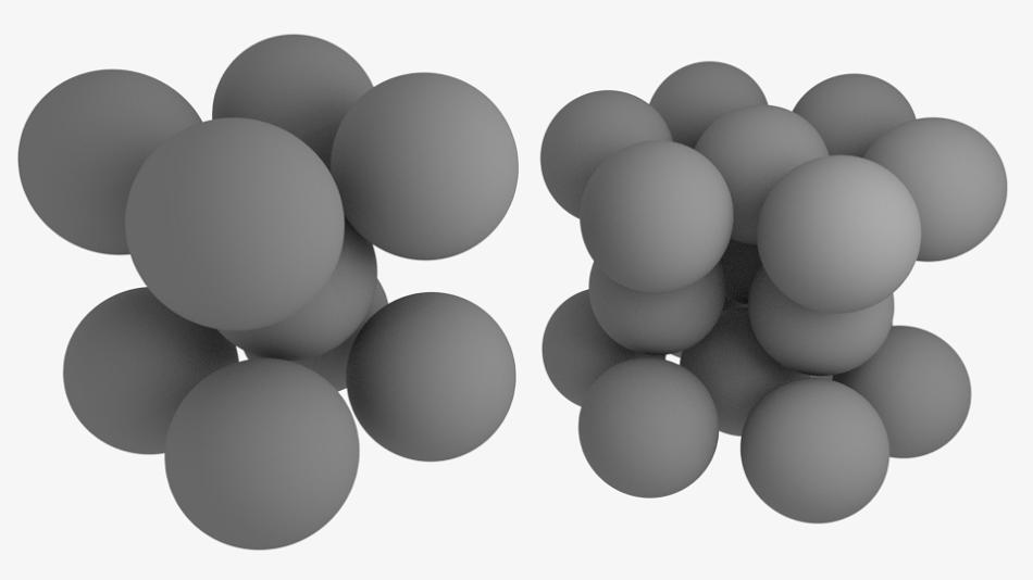 Vlevo tetragonální prostorově centrovaná krystalová mřížka, u Ru feromagnetická, vpravo běžná, u Ru neferomagnetická šesterečná mřížka  v nejtěsnějším uspořádání.
