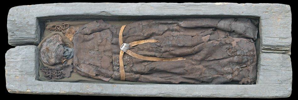 Pozůstatky skrydstrupské ženy v dubové rakvi, foto Nationalmuseet.